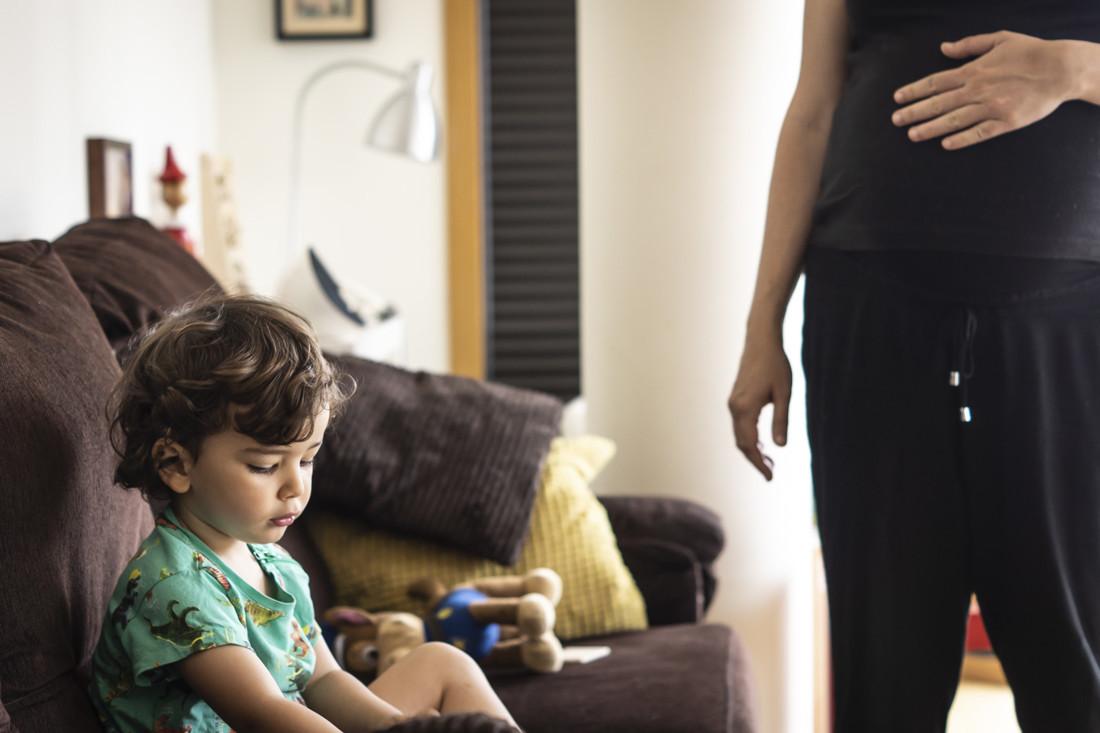 Sesión de fotos de embarazo a domicilio en Ourense-13